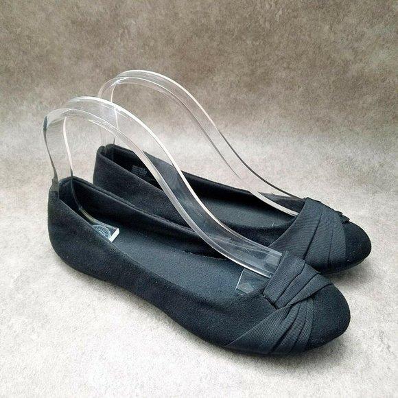 SO Womens   Sz 6 M Black  Slip On Ballet Flats
